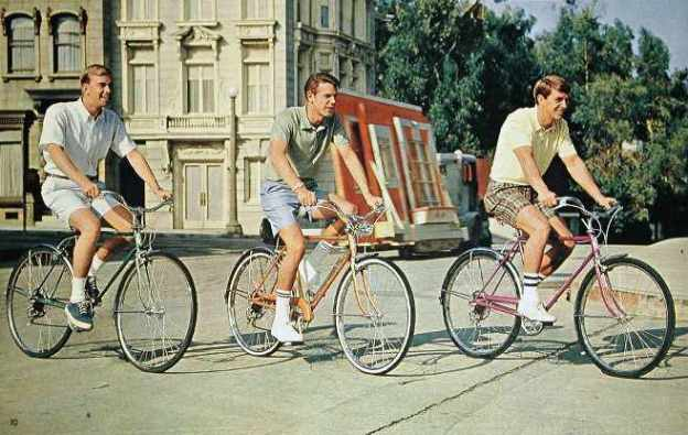 1967 schwinn varsity tourist and deluxe collegiate